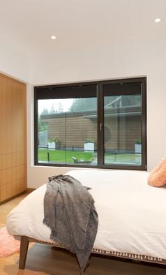 Custom Bedroom Closet and Cabinet
