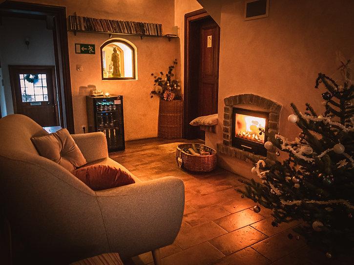 Vánoční lobby boutique hotel RomantiCK-5