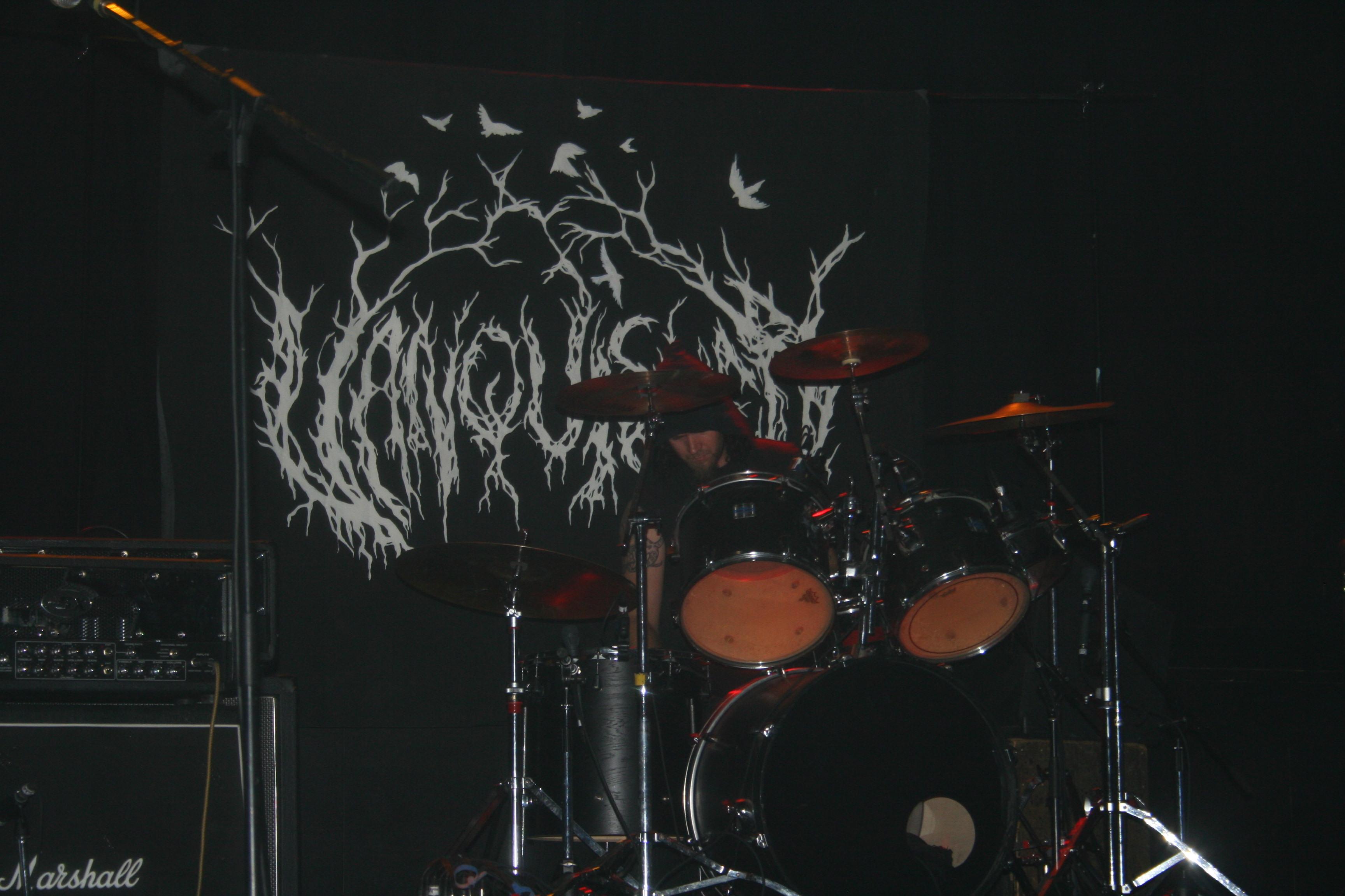 stage back banner - Vanquished