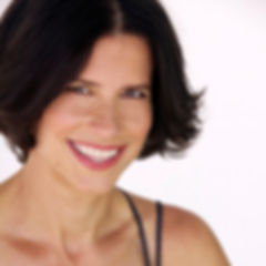 Heather Binns - Fitness Expert, Wellness Educator, Best-Selling Author, Personal Trainer & Fitness Coach