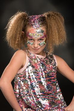 Girl in Sparkle Makeup Sparkle Party Por