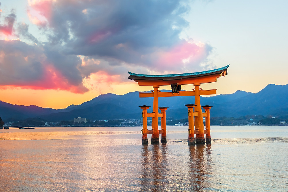 A torii gate - an important element in the Japanese practice of Shinto.  Part of the Qwiz5 series by Qwiz Quizbowl Camp, written to help quiz bowl teams power more tossups!