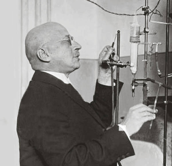 Fritz Haber makes a chemical measurement as part of the Haber Process. Part of the Qwiz5 series by Qwiz Quizbowl Camp, written to help quiz bowl teams power more tossups!