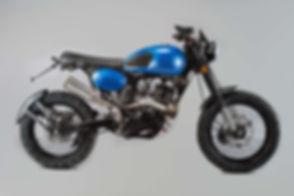 2-maverick-125-blue-metallic-v3.jpg