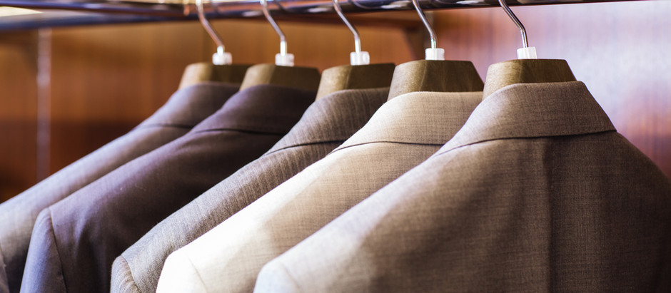 Four Simplest Ways To Accessorize A Suit