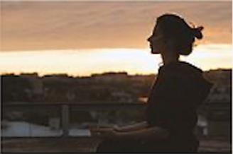 瞑想・呼吸法オンラインレッスン(60分)