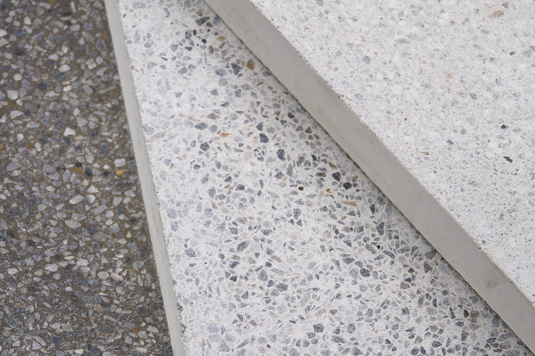 COMMERCIAL PAVING PICTURE .jpg