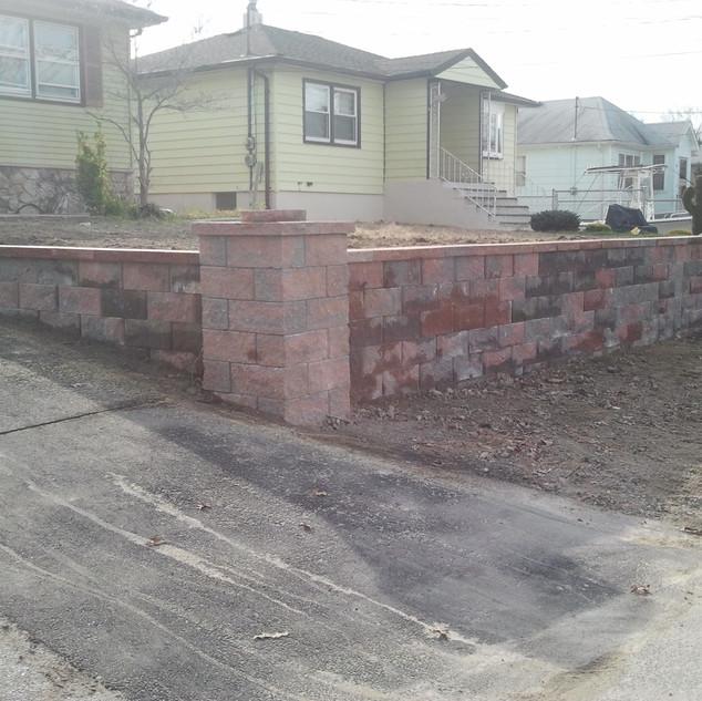Stone Retaining Wall and Pillar