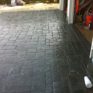 Gray stone driveway