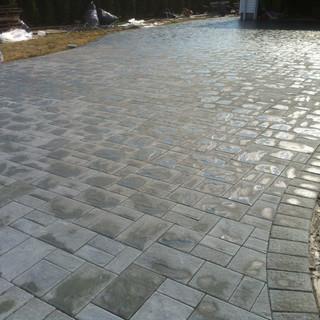 Gray paved driveway