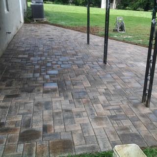 Muti sized stone patio