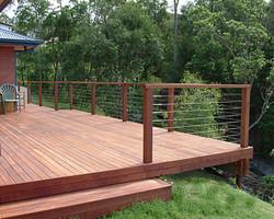 Modern merbau deck