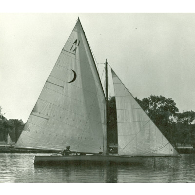 Acrospire-II on Lake Wendouree