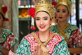 Thai woman costume.jpg