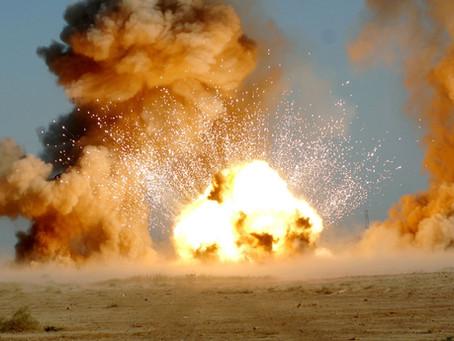 Бомбы, взрывы и огонь