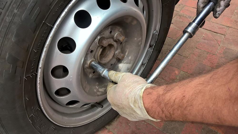 emergency tyre repair Melbourne | Double D Tyres