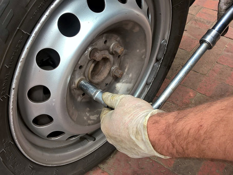 What to do in a tyre emergency.