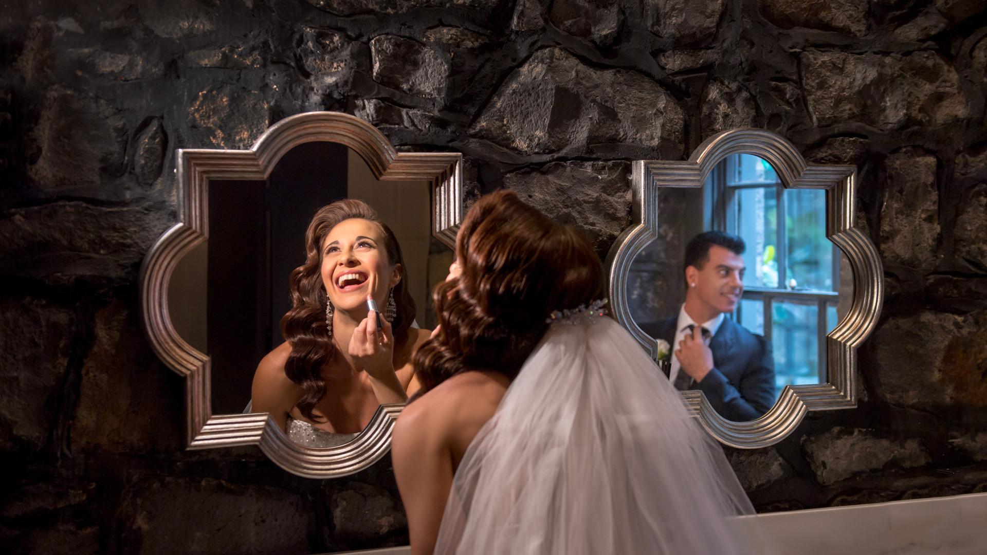 Wedding Couple Laughing  | Meadowbank Estate | Wedding Venue | Campbellfield