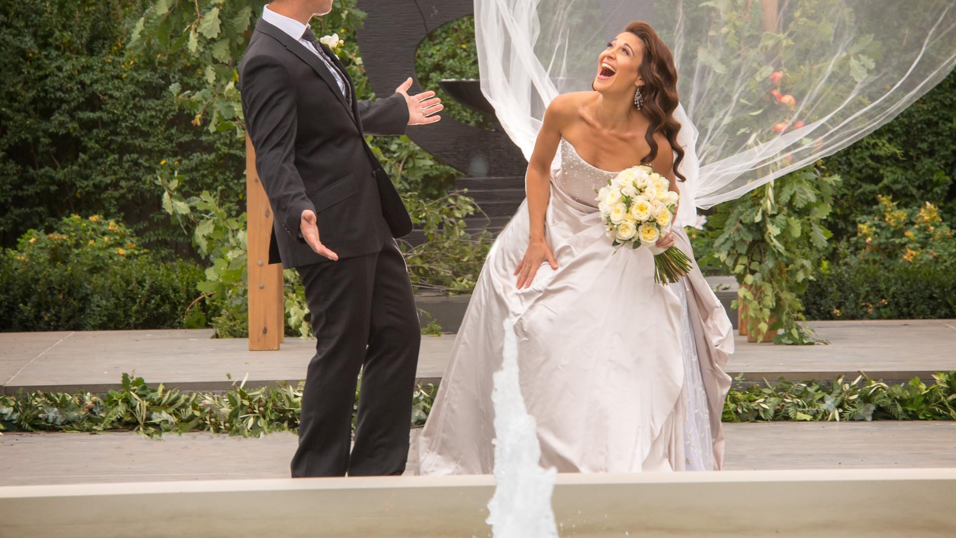Laughing Bride and Groom | Meadowbank Estate | Wedding Venue | Campbellfield