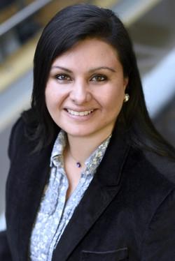 Dr Elaine C Flores