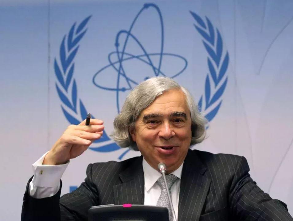 Former energy secretary Ernest Moniz