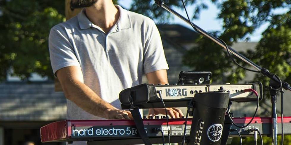 Dan DeCristofaro Live