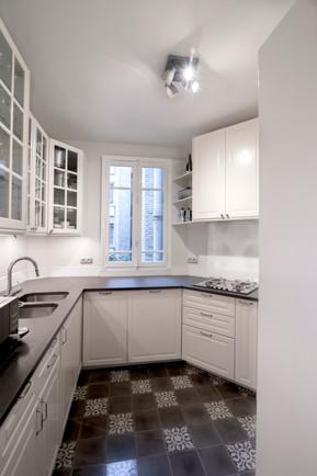 Paris 15 Kitchen