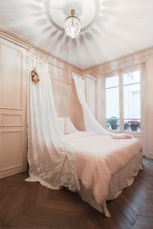 Paris 10 Bathroom