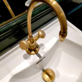 Paris Project 10 Gold Bathroom Tap