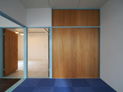 カーペット部屋1