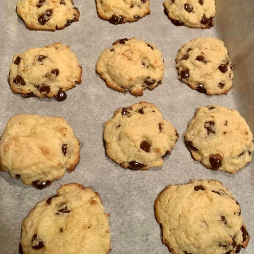 Keto/Low Carb Chocolate Chip Cookies