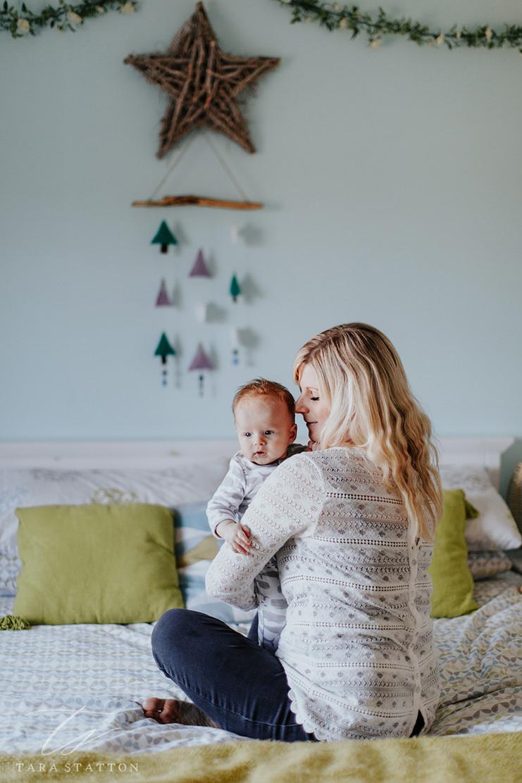 Katie, Arlo & Kitt | At Home Family Photo Shoot