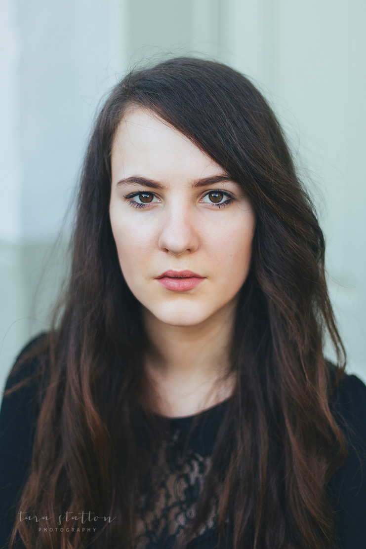 Madeleine | Actor Headshots