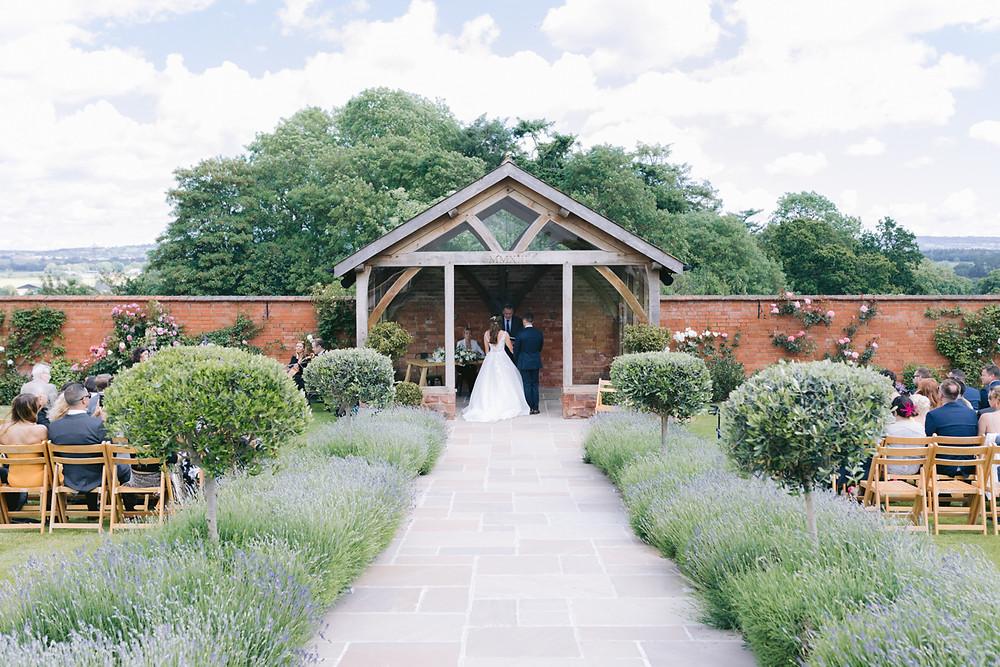 Tara Statton Photography Devon Wedding Upton Barn