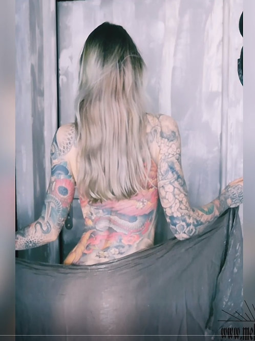 VIDEO // Nude & transparency