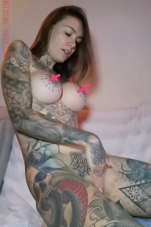VIDEO // bonus erotic caress 21
