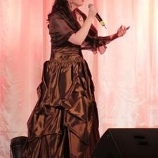 Amy Live Performance
