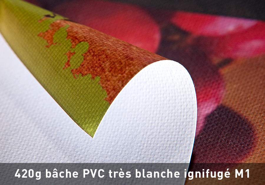 420g-bache-PVC-tres-blanche-ignifuge-M1