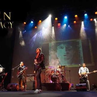 A banda QUEEN LEGACY, apresenta um espetáculo tributo à maior banda de todos os tempos, QUEEN !