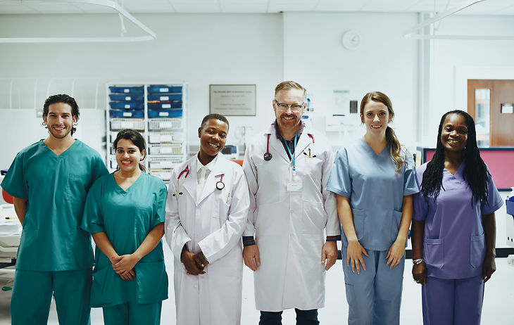group-of-medical-professionals-at-the-icu-ready-fo-2021-06-01-03-48-38-utc.jpg