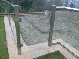 Glass-gate.jpg