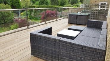 composite-decking-anodised-aluminium-balustrading.jpg