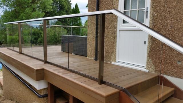 composite-decking-royal-chrome-balustrade.jpg