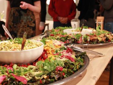Stillingsopslag: vi søger kreativ kok/køkkenmedarbejder/madentusiast til økologisk køkken