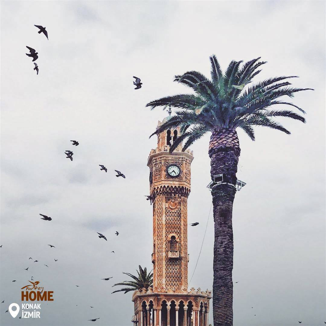 Konak_Clock_Tower,_İzmir