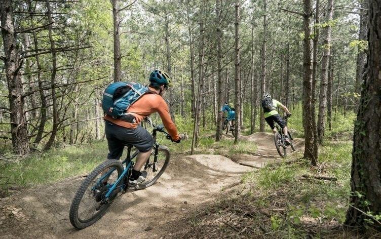 Essential-Mountain-Biking-Tips-for-Begin
