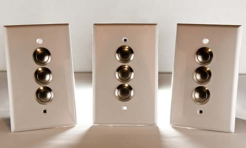 Dumbwaiter push buttons