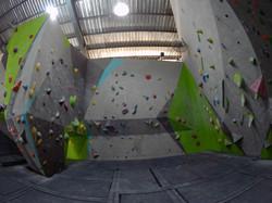 Intermediate Bouldering Wall
