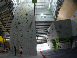 Speed Wall with Bouldering Wall