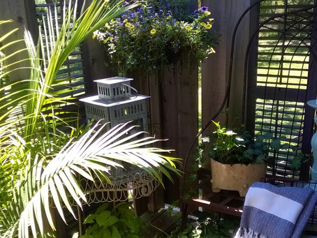 8 Reasons to Add a Shower Porch